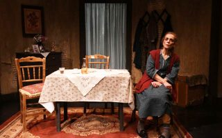 Η παράσταση «Ζωή χαρισάμενη» του Κώστα Τσιάνου παρουσιάζεται κάθε Δευτέρα και Τρίτη στο Από Μηχανής Θέατρο.