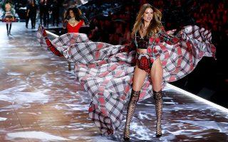 Oι πανέμορφοι «Αγγελοι» του οίκου Victoria's Secret δεν θα βαδίσουν φέτος στην πασαρέλα.