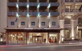 Η πληρότητα στο ξενοδοχείο 182 δωματίων κυμαίνεται μεταξύ 69%-74%, ενώ στο 25% είναι οι επαναλαμβανόμενοι πελάτες, με μεγάλο μερίδιο των οικογενειών από την ομογένεια.