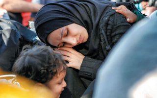Η διαχείριση του μεταναστευτικού-προσφυγικού περιστρέφεται γύρω από τρεις άξονες: διοικητικό, διπλωματικό, αξιακό. Το σημείο ισορροπίας μεταξύ αποτελεσματικότητας και ανθρωπισμού βρίσκεται στην τομή τους. EPA/KOSTAS TSIRONIS