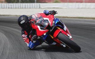 i-nea-superbike-motosykleta-tis-honda-cbr1000rr0