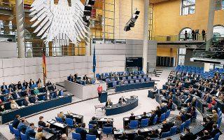 «Η διατήρηση του ΝΑΤΟ είναι σήμερα προς το δικό μας συμφέρον, περισσότερο από ό,τι κατά τη διάρκεια του Ψυχρού Πολέμου», είπε χθες, μεταξύ άλλων, η καγκελάριος από το βήμα του γερμανικού Κοινοβουλίου.