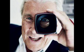 Ο Τέρι Ο' Νιλ (1938-2019) ήταν ένας χορτασμένος άνθρωπος: περιζήτητος φωτογράφος επί πέντε και πλέον δεκαετίες, πρώην σύζυγος της Φέι Ντάναγουεϊ, κολλητός του Φρανκ Σινάτρα.