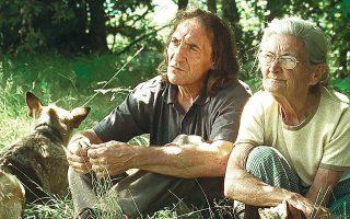 Ο γιος και η μητέρα, στην υποβλητική φύση των βουνών της Γαλικίας. Δύο εξαιρετικοί πρωταγωνιστές στη βραβευμένη με τον Χρυσό Αλέξανδρο ισπανική ταινία «Θα 'ρθει η φωτιά».