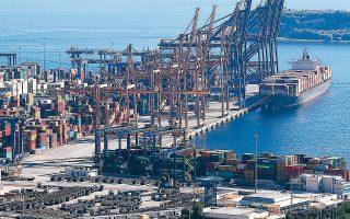 Η Cosco φιλοδοξεί να γίνει το λιμάνι του Πειραιά ένα από τα κορυφαία της Ευρώπης, μαζί με εκείνα του Ρότερνταμ και της Αμβέρσας, που παραμένουν οι βασικές πύλες εισόδου προϊόντων στην ευρωπαϊκή αγορά.