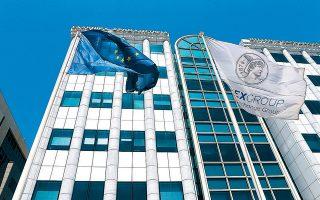 Η ολοκλήρωση του σχεδίου «Ηρακλής» και η κατάθεση του σχετικού νομοσχεδίου αποδεικνύονται μια καθόλου απλή διαδικασία και εάν δεν ξεκαθαρίσουν αυτοί οι «άγνωστοι», δύσκολα θα μπορέσει η τραπεζοκεντρική ελληνική αγορά να ξεφύγει από τις πιέσεις.