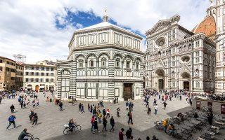 Το Βαπτιστήριο της Φλωρεντίας και ο καθεδρικός της Santa Maria del Fiore © Paul Hahn/laif