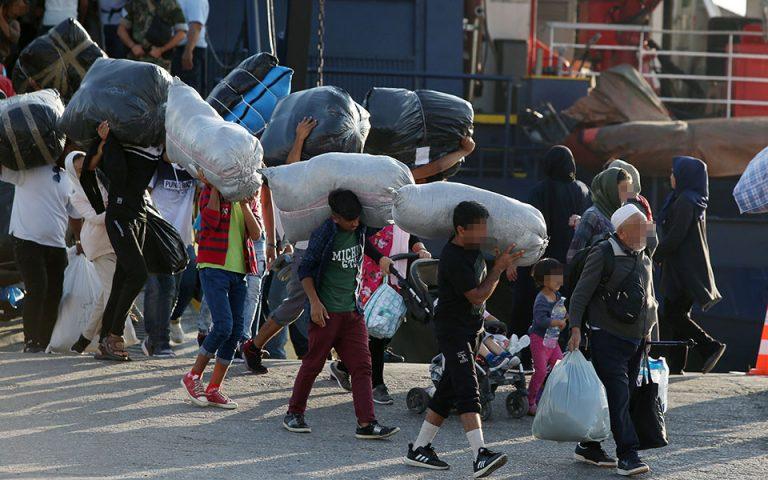 Μυτιλήνη: 113 αιτούντες άσυλο μεταφέρονται από τη Μόρια στην ενδοχώρα