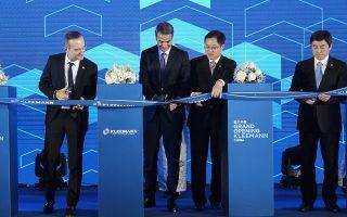 Ο πρωθυπουργός Κυριάκος Μητσοτάκης στα εγκαίνια της νέας μονάδας παραγωγής των ανελκυστήρων της ελληνικής εταιρείας Kleemann στη Σαγκάη
