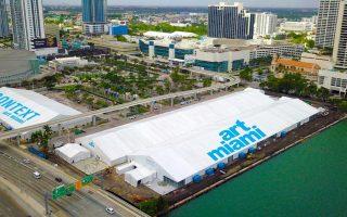 Συνολικά 269 γκαλερί εκπροσωπούνται στο Miami Beach Convention Center, από το Τόκιο μέχρι το Τορόντο.
