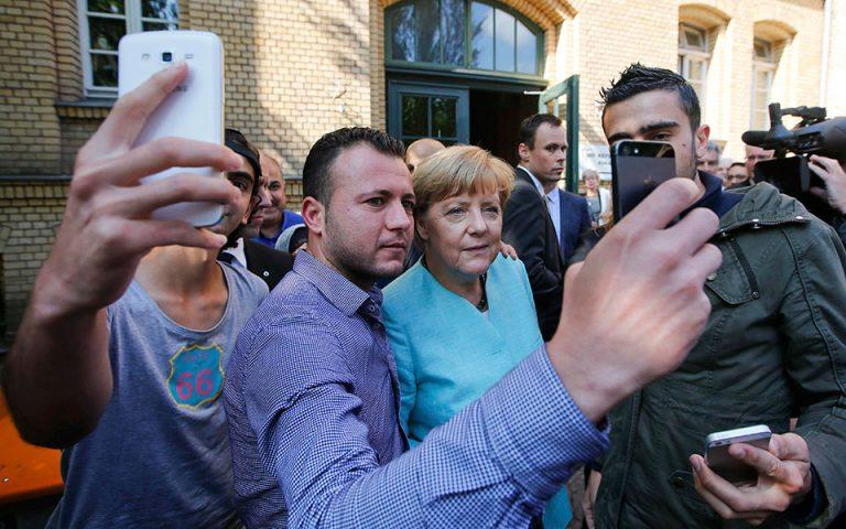 «H Μέρκελ δεν απαντά για τα ασυνόδευτα προσφυγόπουλα»
