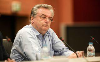 Ο Νικόλαος Λίβος διετέλεσε πρόεδρος της επιτροπής που έκανε τις αλλαγές στον κώδικα ποινικής δικονομίας με τις οποίες θεσπίσθηκε ο θεσμός του μάρτυρα δημοσίου συμφέροντος. «Πρώτα καταθέτει και αν κριθεί αρμοδίως λαμβάνει την ιδιότητα», λέει. INTIME NEWS/ΓΙΩΡΓΟΣ ΜΠΑΜΠΟΥΚΟΣ