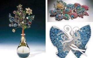 Λαμπερό κόσμημα από την έκθεση «Jewels!» που παρουσιάζεται στο Αμστερνταμ και δημιουργίες των οίκων Bulgari (επάνω) και Van Cleef & Arpels (κάτω).