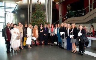 Γυναίκες επιχειρηματίες – εκπρόσωποι ΕΕΔΕΓΕ από τα περισσότερα Επιμελητήρια της χώρας ξεναγούνται στην περιοδική έκθεση