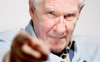 Ο διάσημος 82χρονος Γάλλος φιλόσοφος έχει φανατικούς οπαδούς, αλλά και δριμείς επικριτές.