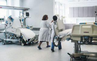 Η Ελλάδα διαθέτει αρκετούς τεχνοκράτες με «ειδικά προσόντα και σημαντική επαγγελματική εμπειρία στο υγειονομικό σύστημα», οι οποίοι συστηματικά αγνοούνται. ΑΠΕ/ΜΠΕ