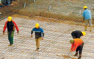 Τα στοιχεία της ΕΛΣΤΑΤ δείχνουν ότι μειώνεται το ποσοστό των απασχολουμένων σε χειρωνακτικά επαγγέλματα με εξειδίκευση.