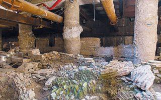 Το δίλημμα αφορά τον σταθμό «Βενιζέλου» και την τύχη των αρχαίων που βρέθηκαν εκεί. Η Θεσσαλονίκη είναι απόλυτα διχασμένη.