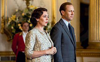 Οι καθημερινές διατροφικές συνήθειες του βασιλικού ζεύγους στο Μπάκιγχαμ απέχουν από αυτές του τηλεοπτικού στο «The Crown».