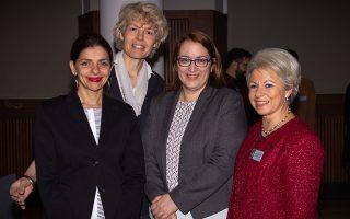 Από αριστερά, η Πηνελόπη Μίχα, η Γκόντα Φαν Στιν, η Ελένα Σουπιανά και η δρ Ζέττα Θεοδωροπούλου-Πολυχρονιάδη. ΚΑΤΕΡΙΝΑ ΚΑΛΟΓΕΡΑΚΗ