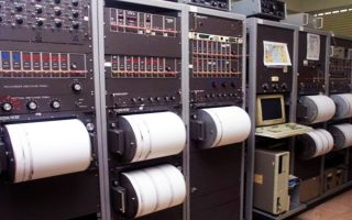italia-seismos-4-5-richter-stin-toskani-amp-8211-mikres-ylikes-zimies-2351912