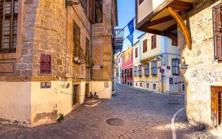 Μια βόλτα στην παλιά πόλη της Ξάνθης ταξιδεύει τον επισκέπτη σε άλλες εποχές