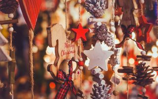 Η χριστουγεννιάτικη περίοδος στα εμπορικά καταστήματα είναι χαοτική. Οι σώφρονες καλό είναι να ολοκληρώνουν τα ψώνια τους από νωρίς. SHUTTERSTOCK