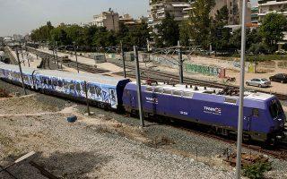 Η ΤΡΑΙΝΟΣΕ έχει αυξήσει πάνω από 50% τα εισιτήρια στη γραμμή Αθήνα - Θεσσαλονίκη. Από 80.000 ανά μήνα που ήταν προ της ηλεκτροκίνησης, πλέον ξεπερνούν τις 120.000. ΙΝΤΙΜΕ