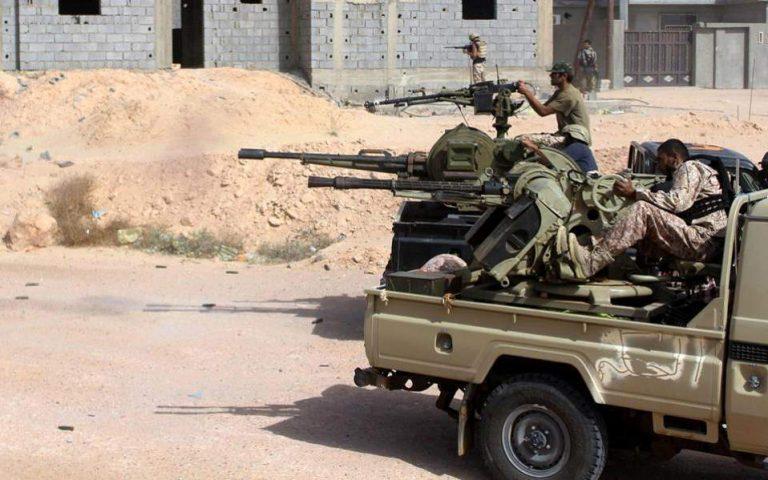 Από μια κλωστή  κρέμεται η εκεχειρία στη Λιβύη