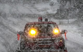 Οι χιονοπτώσεις των τελευταίων δύο ημερών έχουν προκαλέσει σωρεία προβλημάτων.