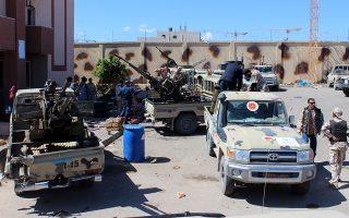 Κύριο ζητούμενο, σήμερα στο Βερολίνο, είναι η προσωρινή κατάπαυση του πυρός στη Λιβύη, που ισχύει από την περασμένη Κυριακή, να μετατραπεί σε μόνιμη εκεχειρία και να εφαρμοστεί το εμπάργκο όπλων του ΟΗΕ.  EPA/STRINGER