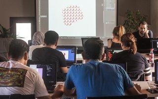 Στιγμιότυπο από τα μαθήματα 2D και 3D Design στο ψηφιακό εργαστήριο παραγωγής και τεχνολογίας AstroLab.
