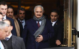 Ο στρατάρχης Χαλίφα Χαφτάρ κατά την επίσκεψη του στην Αθήνα.