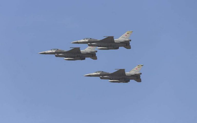 Υπερπτήσεις τουρκικών F-16 σε Οινούσσες και Παναγιά