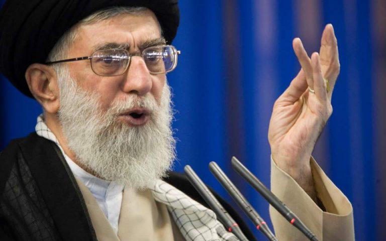 Αγιατολάχ Αλί Χαμενεΐ: Χαστούκι για τους Αμερικανούς οι πυραυλικές επιθέσεις