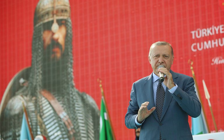 Γάλλος πανεπιστημιακός: Το παρελθόν της οθωμανικής αυτοκρατορίας οδηγεί τον Ερντογάν στη Λιβύη
