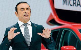 Ο πρώην επικεφαλής της Nissan Κάρλος Γκοσν κατηγορείται για υπεξαίρεση χρημάτων με στόχο τον προσωπικό του πλουτισμό.