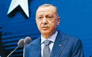 «Δεν είναι πλέον νομικά δυνατό να διεξάγονται δραστηριότητες έρευνας και γεώτρησης ή να περάσει αγωγός χωρίς την έγκριση και των δύο χωρών στην περιοχή μεταξύ των ακτών της Τουρκίας και της Λιβύης», δήλωσε ο Ταγίπ Ερντογάν.