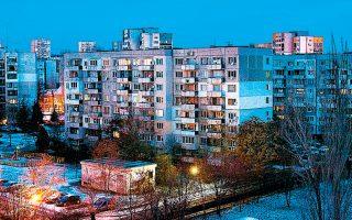 Προάστιο της Σόφιας, πρωτεύουσας της Βουλγαρίας. Τα κτίρια δεν είναι κατασκευασμένα έτσι ώστε να αντέξουν μια μελλοντική σεισμική δόνηση.