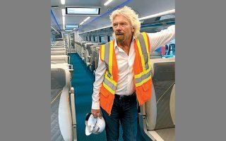 O σερ Ρίτσαρντ Μπράνσον καλωσόριζε το αμερικανικό κοινό, πριν από λίγους μήνες, στους συρμούς της Virgin Trains USA. Τώρα, υπόσχεται υπερταχεία σύνδεση Λας Βέγκας και περιχώρων του Λος Αντζελες.