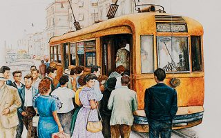 Τα έργα της ζωγράφου ανακαλούν στιγμιότυπα της δεκαετίας του '60 καταγράφοντας το πέρασμα από τον παλιό στον νέο κόσμο.