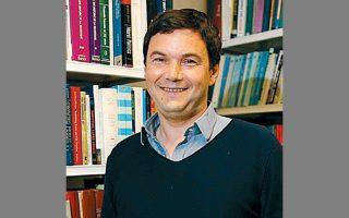 Το βασικό επιχείρημα του οικονομολόγου Τομά Πικετί είναι ότι οι ανισότητες κατασκευάζονται πολιτικά.