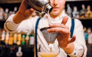 H Three Cents παράγει τα λεγόμενα mixers, αναψυκτικά δηλαδή που αναμειγνύονται με ποτά για τη δημιουργία κοκτέιλ, καθώς και τόνικ, έχοντας πετύχει μέσα σε περίπου πέντε χρόνια από την ίδρυσή της να κατατάσσεται μεταξύ των κορυφαίων εταιρειών στην κατηγορία της και να εξάγει τα προϊόντα της σε 34 χώρες.