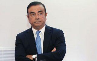 Ο Γκοσν κατηγορείται, μεταξύ άλλων, για απόκρυψη εσόδων και πλουτισμό μέσω πληρωμών σε αντιπροσωπείες της Nissan στη Μ. Ανατολή.