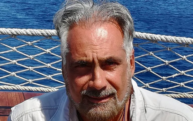 Κρίτων Πιπέρας: Πρόεδρος του Σωματείου Διπλωματούχων Ξεναγών