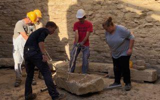 Η αρχαιολογική έρευνα, η οποία διεξάγεται από την Αμερικανική Σχολή Κλασικών Σπουδών της Αθήνας υπό την εποπτεία της Εφορείας Αρχαιοτήτων Μεσσηνίας, εντόπισε πρόσφατα στην περιοχή δύο νέους, ασύλητους θολωτούς τάφους του 15ου αιώνα π.Χ.