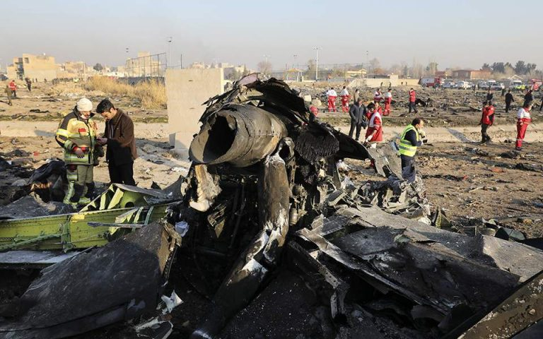 To Ιράν στέλνει στην Ουκρανία τα μαύρα κουτιά του μοιραίου Boeing