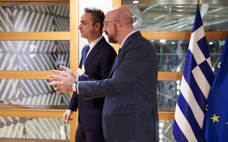 Για Δημοσιονομικό Πρόγραμμα, Τουρκία και Δ. Βαλκάνια συζήτησαν Μητσοτάκης-Μισέλ