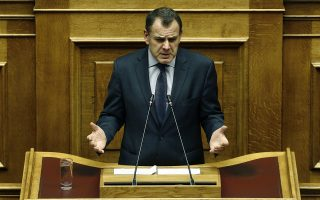 Ο υπουργός Εθνικής Άμυνας Νίκος Παναγιωτόπουλος μιλά κατά τη διάρκεια μόνης συζήτησης και ψήφισης επί της αρχής, των άρθρων και του συνόλου του σχεδίου νόμου: «Κύρωση του Πρωτοκόλλου Τροποποίησης της Συμφωνίας Αμοιβαίας Αμυντικής Συνεργασίας μεταξύ της Κυβέρνησης της Ελληνικής Δημοκρατίας και της Κυβέρνησης των Ηνωμένων Πολιτειών της Αμερικής» στη Βουλή, Αθήνα Πέμπτη 30 Ιανουαρίου 2020.   ΑΠΕ- ΜΠΕ/ΑΠΕ- ΜΠΕ/ΑΛΕΞΑΝΔΡΟΣ ΒΛΑΧΟΣ