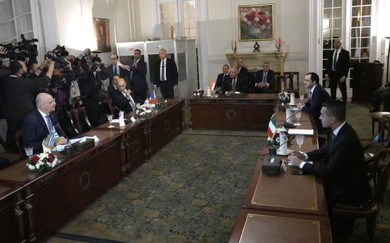 Η αιγυπτιακή «Αλ Αχράμ» για την πενταμερή του Καΐρου με θέμα τη Λιβύη